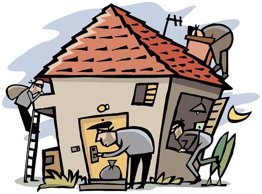 Scene of 4 thieves break into house